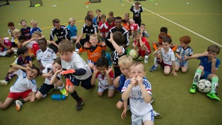 We Make Footballers Coulsdon: Football Camps - Football Camps