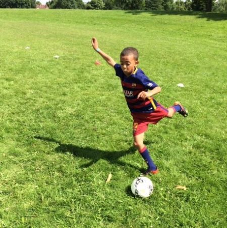 Axten 1-2-1 Private Football Coaching in Surrey and South London - Football Schools